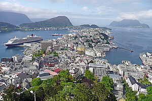 Fjorde, Jugendstil & wilde Landschaften