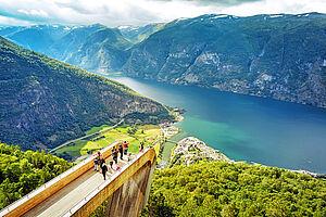 Norwegische Fjorde entdecken mit der Queen Mary 2