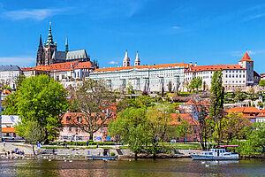Riesengebirge und Prag