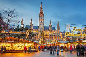Lichterglanz und Christkindelmarkt - Adventszeit auf der Donau mit der nickoVISION